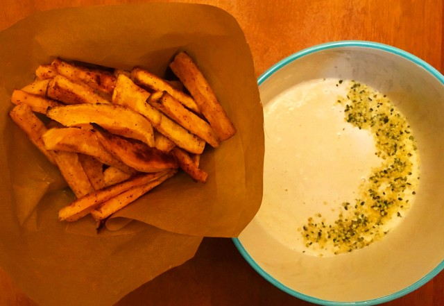 Sweet Potato Fries and Cashew Tahini Dip